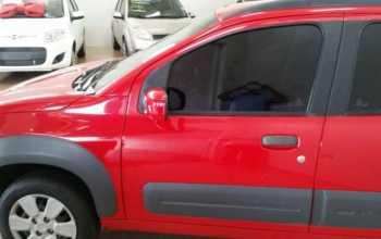 Fiat Uno 2011 Vivace 1.0 completo 4P Manual Vermelha