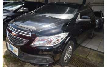Chevrolet Onix 2013 LT 4P Manual Preto