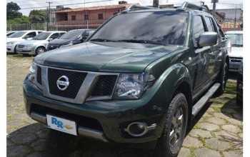 Nissan Frontier 2015 SV ATTACK 4X4 2.5 4P Manual Verde