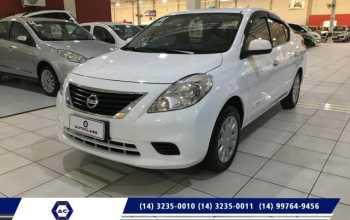 Nissan VERSA 2014 Sedan 1.6 16V 4P FLEX SV Semiautomatico Branco