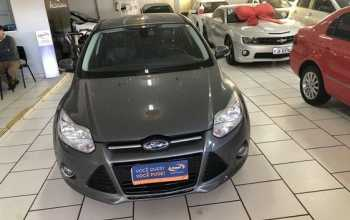 Ford Focus 2015 Sedan 2.0 16V PowerShift Aut 4P Automático Cinza